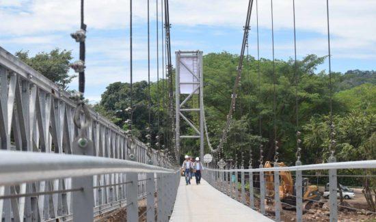 Puente-Peatonal-Charte