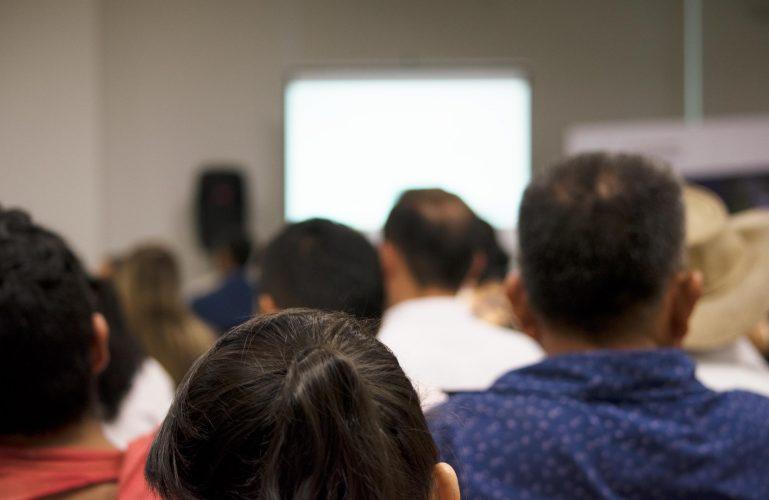 Participa en las reuniones de inicio de obra de las unidades funcionales 5 y 6