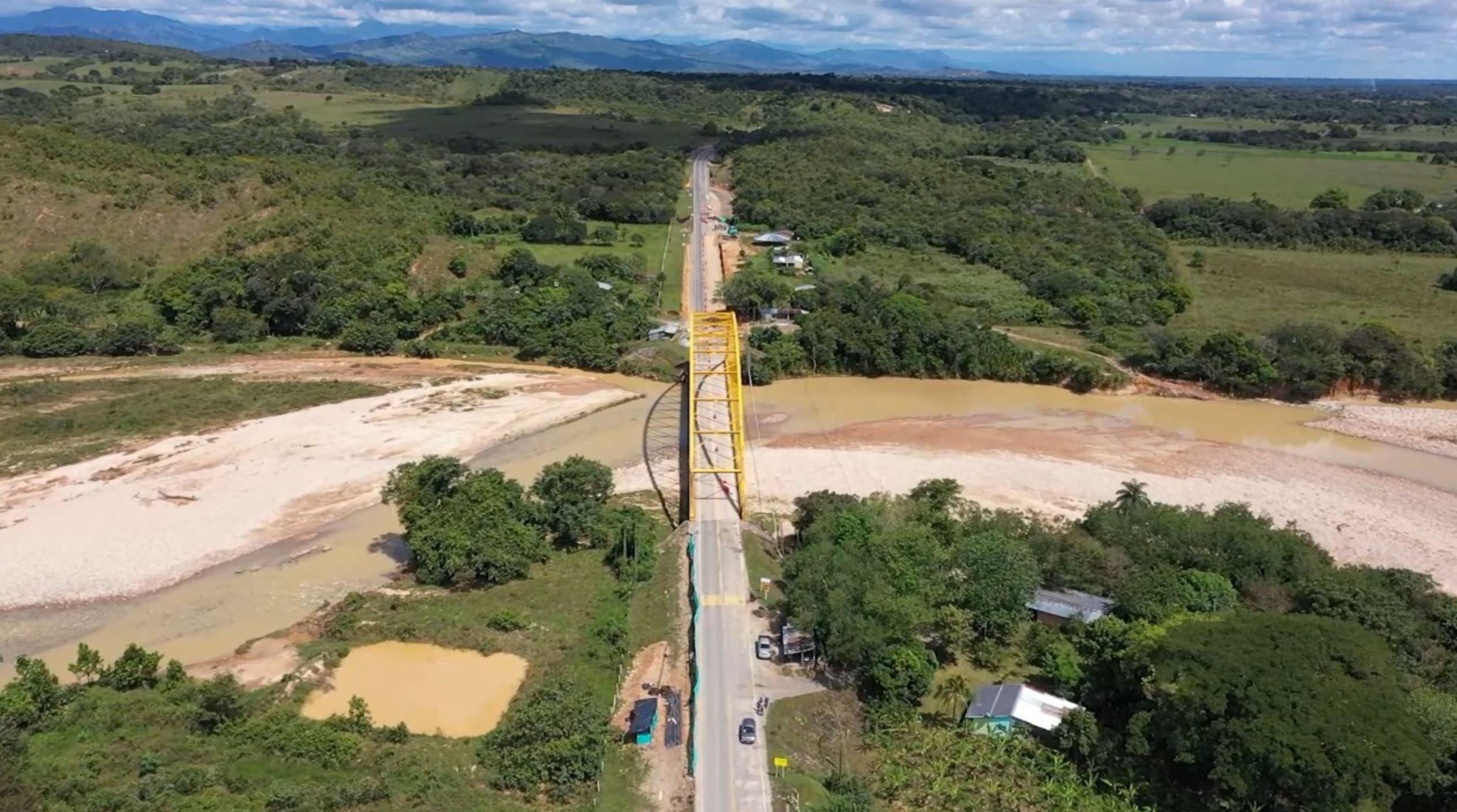 Villavicencio, 12 de enero de 2021. Durante cuatro horas se restringirá el paso vehicular a la altura del kilómetro 38 de la Ruta Nacional 6512 en el tramo Monterrey – Tauramena para el desarrollo de labores de mantenimiento en el puente Chitamena.  El cierre de este sector iniciará a las 10:00 de la noche […]